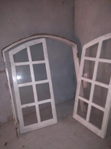 Vendo uma janela de Angelim em ótimo estado de conservação! - Foto 3