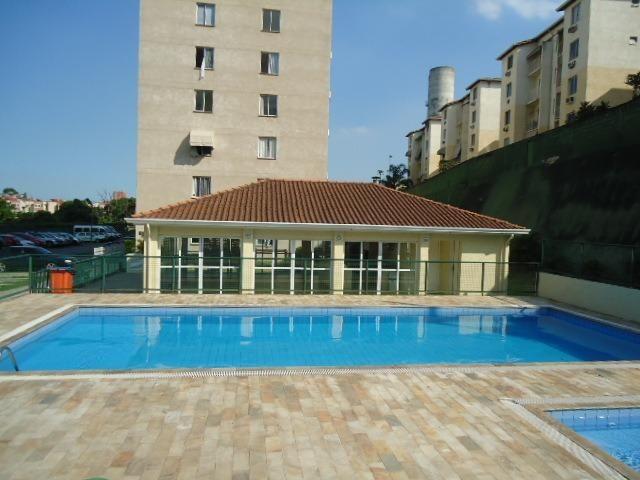 2 quartos no condomínio mais carioca R$750,00 +cond. +Taxas