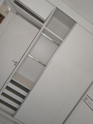Alugo quarto em apartamento