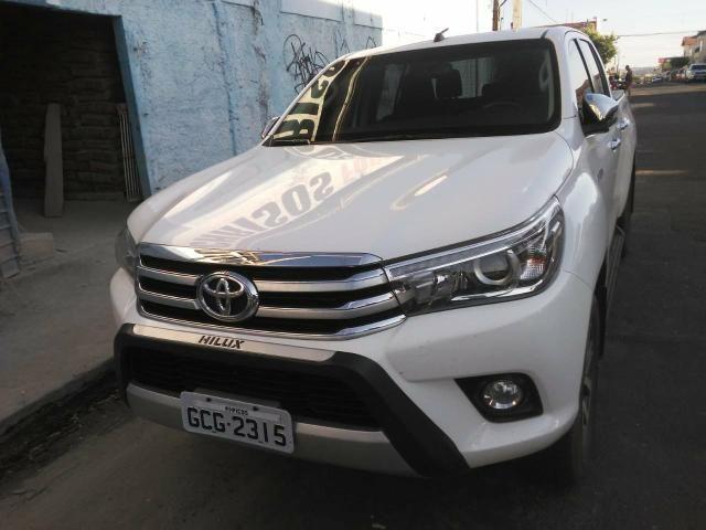 Toyota Hilux 17/17 SRX 2.8 4x4 - Foto 12