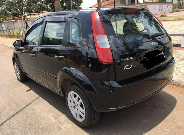 Ford Fiesta Hatch - Foto 3