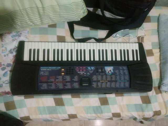 Teclado Casio ( Faço R$400 à VISTA ) - Foto 4