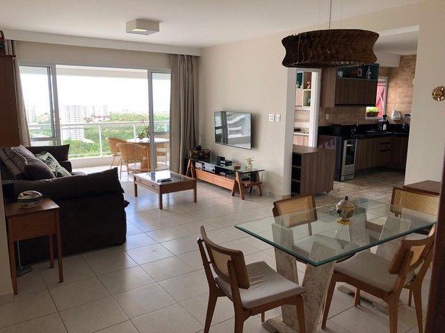 Aluguel Apartamento 180m², Nascente, 3 Suítes, Decorado e Mobiliado, em Patamares, Salvado - Foto 4