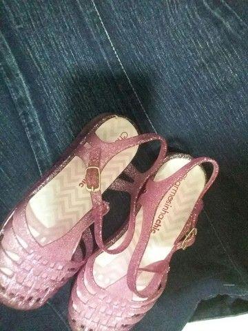 30$ linda sandalia charmosinha chic T. 27/28 - Foto 4