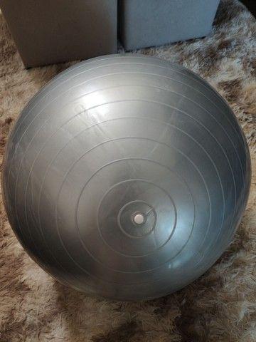 Bola de Ginástica 55cm com bomba inflável