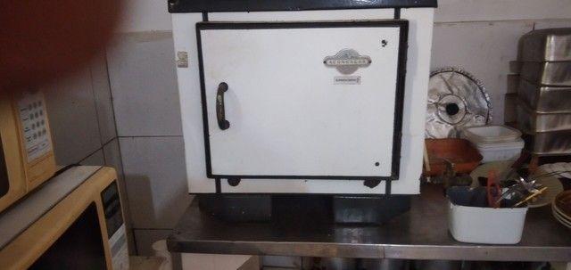 Vendo este forno!