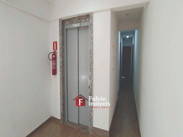 Kitnet com 27m², Elevador, Toda no Porcelanato em Vicente Pires. - Foto 3