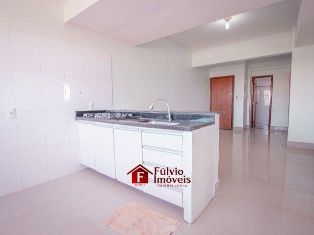 Apartamento com 3 Quartos, 1 Vaga de Garagem Coberta, Elevador em Vicente Pires. - Foto 8