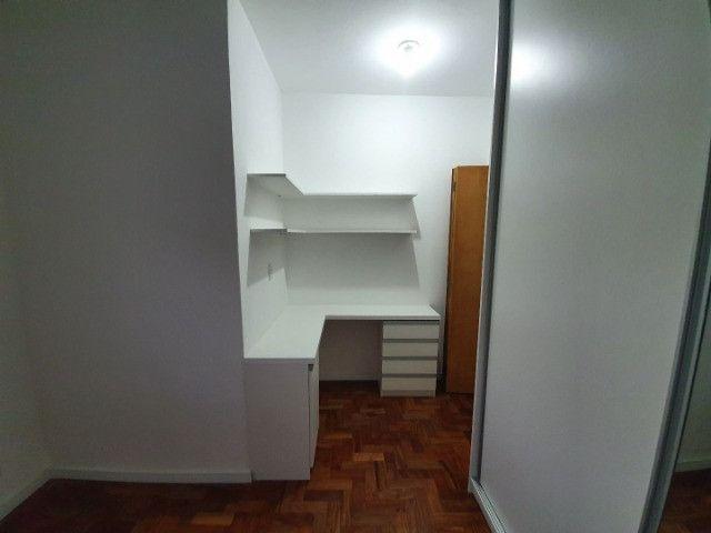 Casa com 2 apartamentos de 90m2 cada mobiliado + espaço comercial.  - Foto 3
