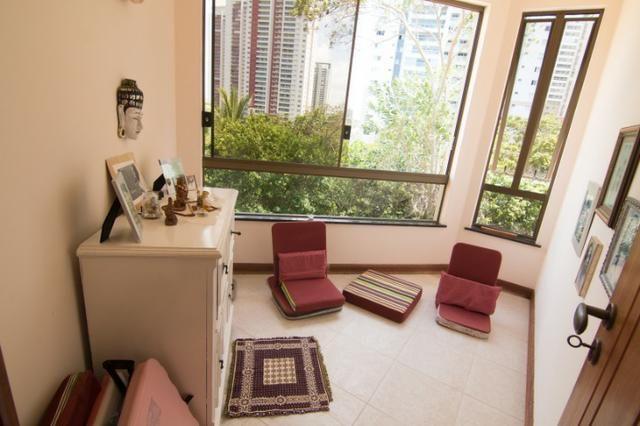 Casa Triplex 4/4 1 suíte, closet, sala meditação, estúdio, dependência, 5 vagas - Foto 14