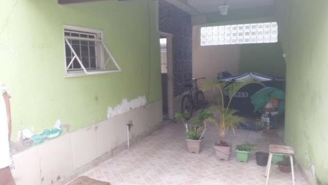 Casa tipo apto térreo 2 qts grandes, e pequeno quintal - desocupado - Nilópolis - Foto 3