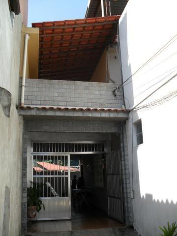 Apartamento- Tipo Casa - Varandão - 02 Qtos - Próximo a Av. Meriti - Vila Penha