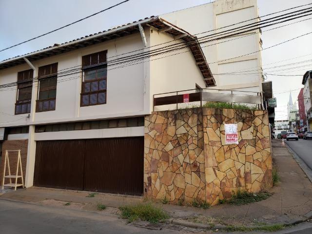 Aluga-se casa ideal p/ fins comerciais - Centro - Foto 2