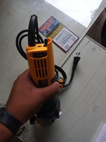 Esmerilhadeira sa tools 110v 115mm - Foto 3