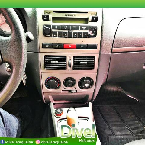 Fiat Palio WeeK.ADV.LOCK.Dualogic 1.8 Flex 2010 - Foto 9