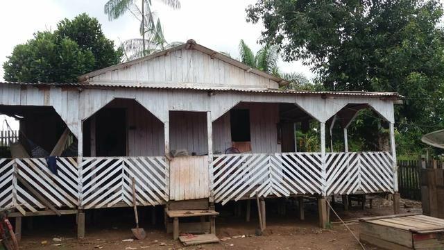 Vendo ou troco essa casa na Vila redenção - Foto 2