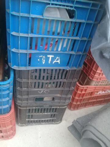 Caixas de verduras vazias - Foto 2