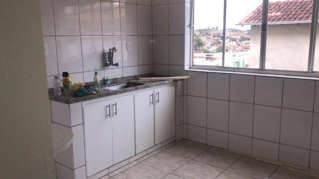 Aluga-se apartamento na Rua Ciro Nunes, em Guanhães/MG - Foto 3