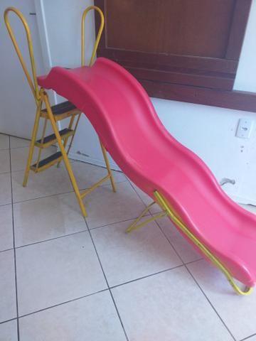 Escorregador infantil só tem um quebradinho,ferro foi feito por artesão - Foto 3