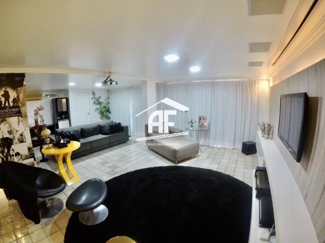 Casa construída em 2 lotes no condomínio Jardim do Horto - Área de lazer completa - Foto 8