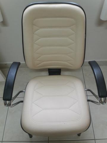 Cadeiras escritório / diretor fixas - Foto 4