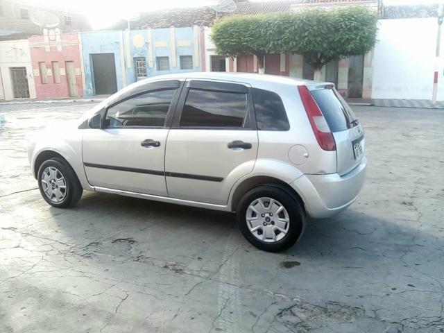 Fiesta 1.0 Zetec Rocam 8 válvulas - Foto 4
