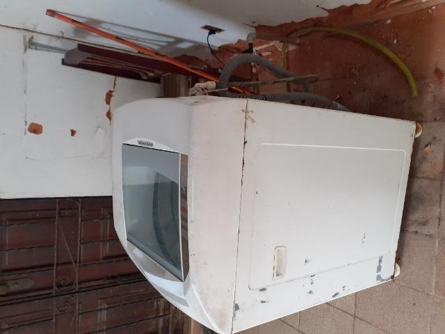 Vendo máquina de lavar Brastemp 10kg* defeito - Foto 3