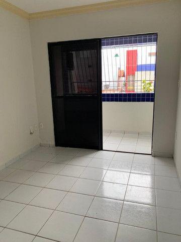 Apartamento no Bessa, 02 quartos, varanda e vaga de garagem. Pronto para morar!! - Foto 2