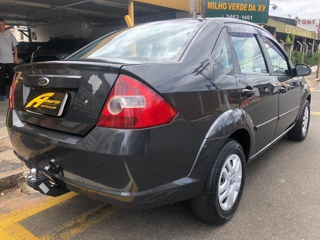 Fiesta Sedan 1.0 Flex - Foto 7
