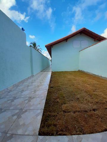 Casa individual 2 dorm 4 vagas fundo coberto p/ churrasqueira - AC carro e financ - Foto 12