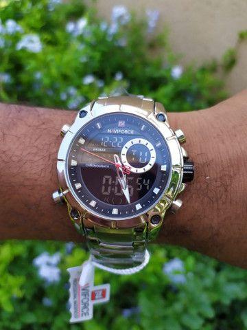 Relógio Naviforce Marca De Luxo Original Multifuncional,  Analógico e a prova d'água.