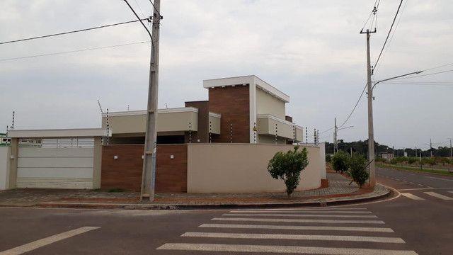 Casa com 3 dormitórios (1 suíte) à venda, 143 m² por R$ 630.000 - Residencial Aquarela Das - Foto 2