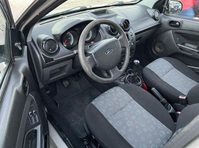 Ford - Fiesta 1.0 2011 completo de tudo e de ÚNICO DONO COM APENAS 60.000km rodado - Foto 6