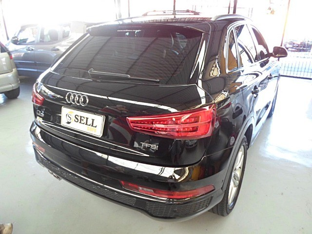 Audi - Q3 Black Edition 1.4 TFSI 2018 Flex c/ Teto Solar  - Foto 12