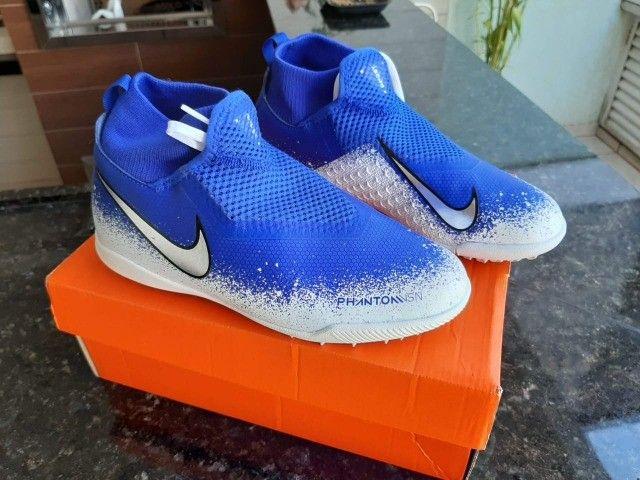 Chuteira Society Nike nova - Foto 4