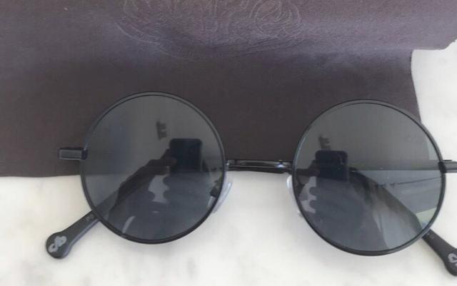 3e016fc5d Óculos de sol redondo infantil chilli beans nunca usado - Artigos ...