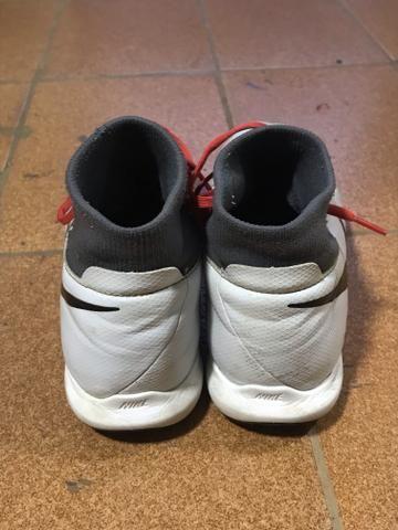 2c63ab29a1d8b Chuteira Futsal Nike Phantom VIVSN Academy DF IC - Adulto - Esportes ...