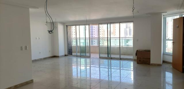 Apartamento com 237m², Meireles, 4 Suítes, 4 vagas - Foto 7