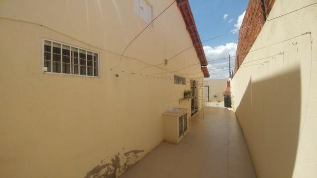 Casa 3/4 à venda no Jardim Guararapes, Petrolina-PE - Foto 2