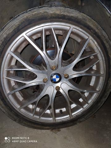 Rodas 17 BMW, troco em rodas 15 com pneus