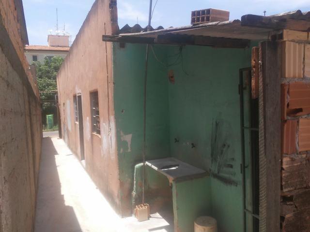 Vende Se Casa em área Comercial - Foto 3