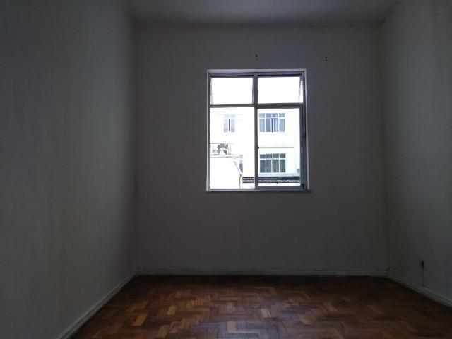 Vista Alegre Cobertura sala 02Qts garagem - Foto 2