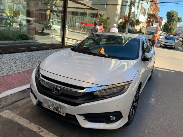 Honda Civic Touring 1.5 turbo 16/17 unico dono