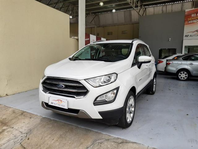 Ford 2018 Ecosport titanium Automatico completa branca apenas 15000 km impecável - Foto 2