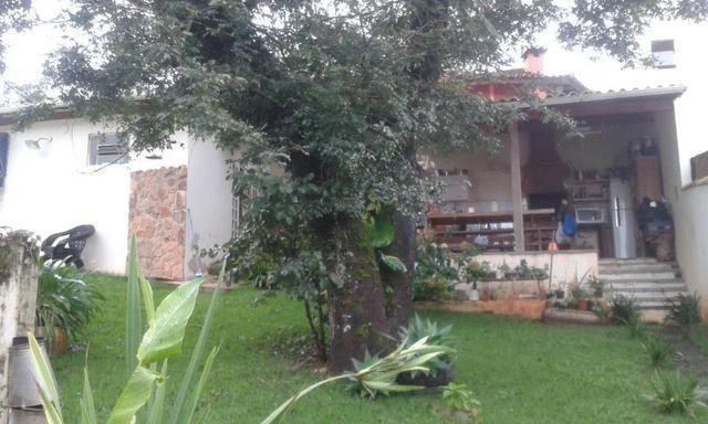 C019 - Casa com espaço gourmet em bairro com grande valorização imobiliária - Foto 3