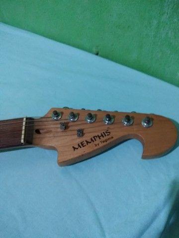 Guitarra Stratocaster e Cubo Meteoro - Foto 6