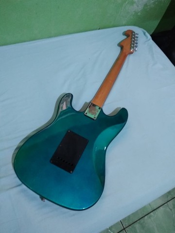 Guitarra Stratocaster e Cubo Meteoro - Foto 5