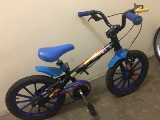 Bicicleta infantil aro 16 - Foto 4