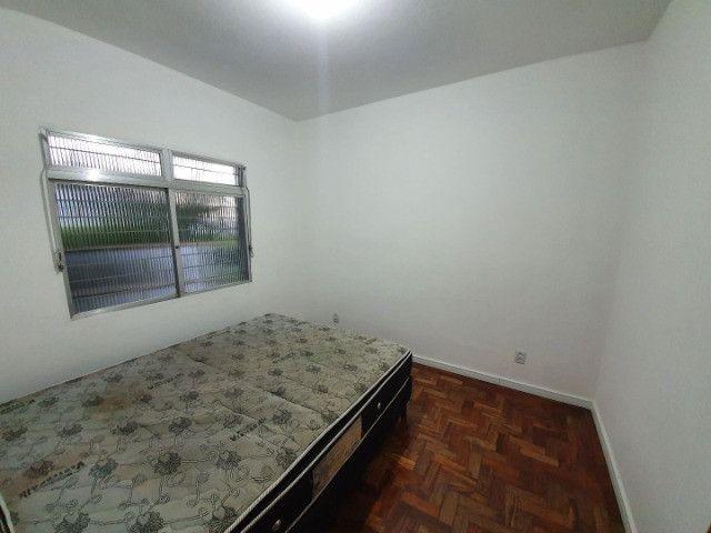 Casa com 2 apartamentos de 90m2 cada mobiliado + espaço comercial.  - Foto 10