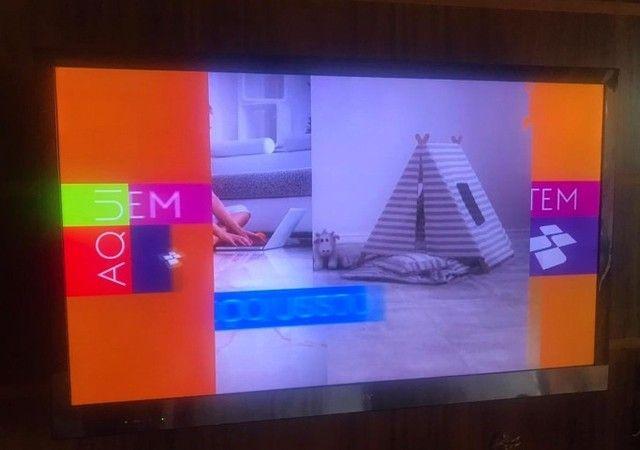 """TV 40"""" LED Sony Bravia, Full HD, entradas HDMI e USB, com conversor digital"""